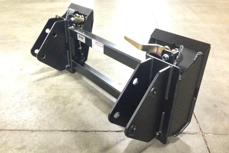 tractor-quick-attach-for-Quicke-Q7xx-Q9xx-loaders